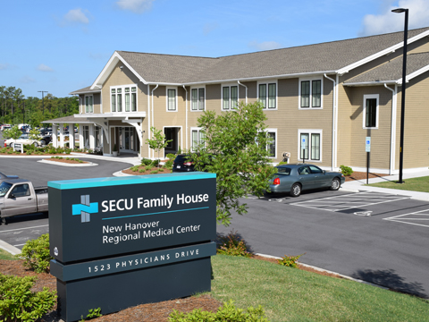SECUFamilyHouse 0935web